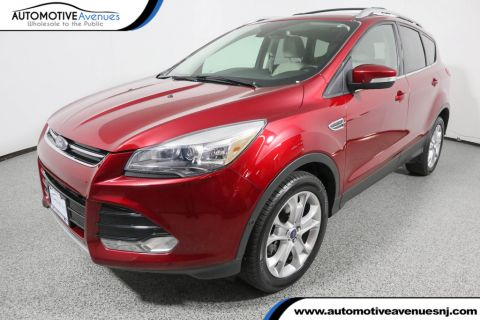 Pre-Owned 2016 Ford Escape 4WD Titanium w/Tech Package, Nav & Panoramic Vista Roof