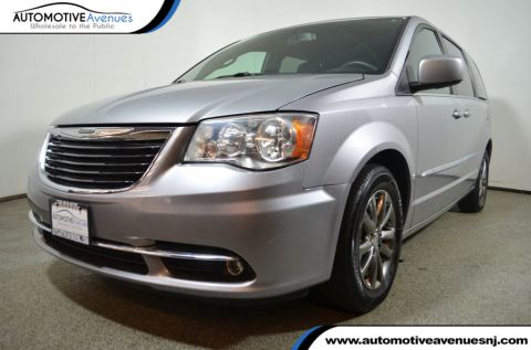 2015 Chrysler Town & Country 4dr Wagon S Front Wheel Drive Van