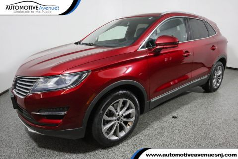 Pre-Owned 2015 Lincoln MKC AWD Select Plus with Climate Package, Nav & Panoramic Sunroof