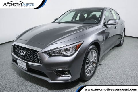 Pre-Owned 2018 INFINITI Q50 2.0t LUXE AWD with Essential Package
