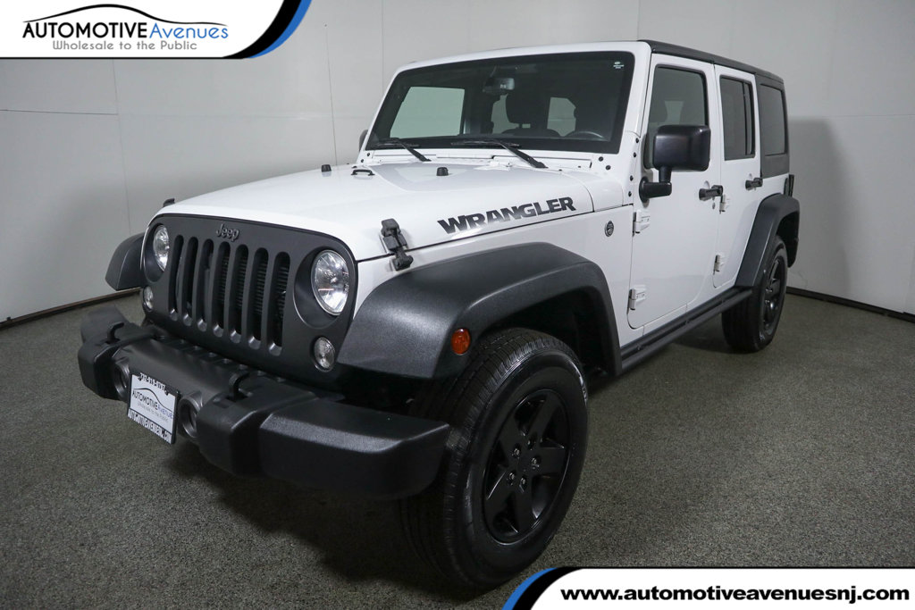 Pre-Owned 2016 Jeep Wrangler Unlimited 4WD 4dr Black Bear w/ Navigation