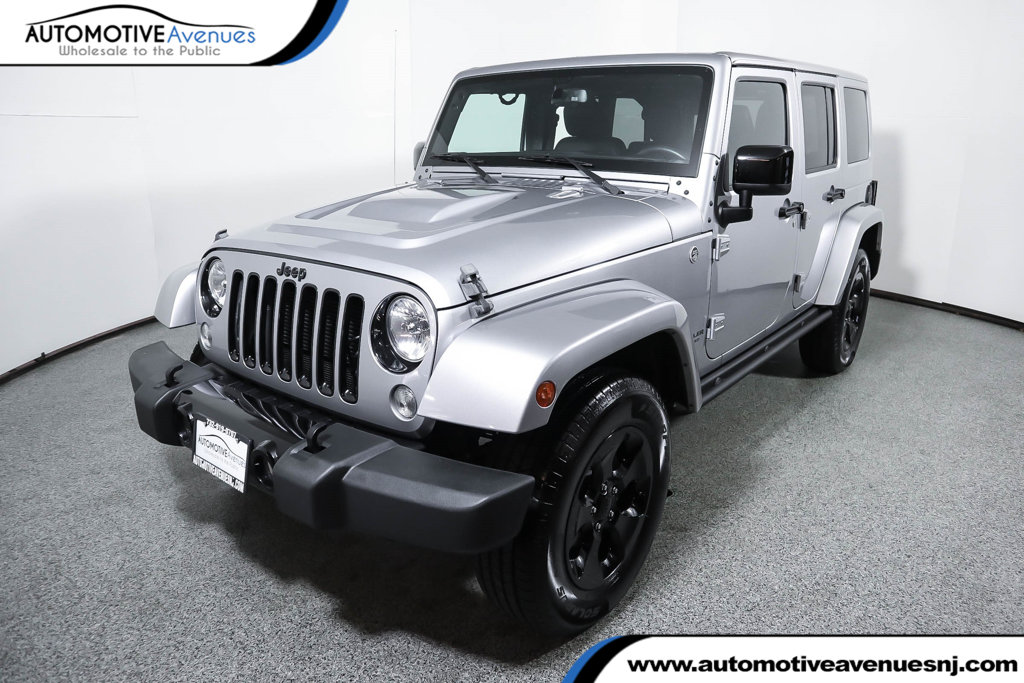 Pre-Owned 2015 Jeep Wrangler Unlimited 4WD 4dr Altitude with Dual Top Group & Navigation