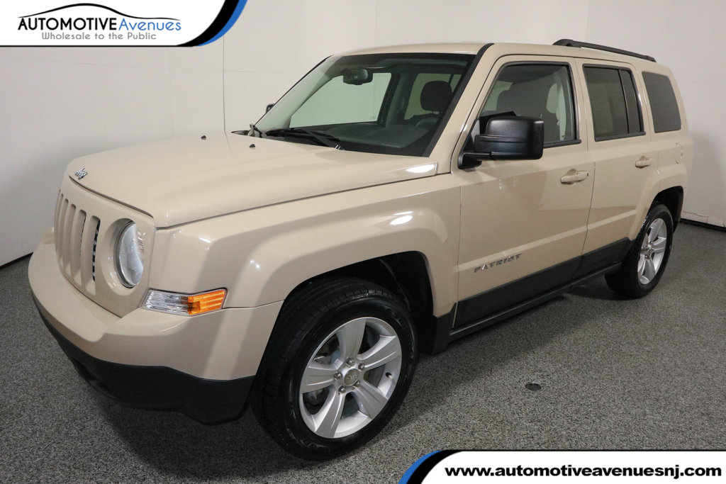 Pre Owned 2017 Jeep Patriot Laude Fwd