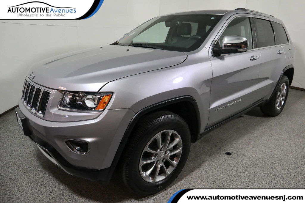 Pre-Owned 2016 Jeep Grand Cherokee 4WD 4dr Limited w/ Power Sunroof and Navigation