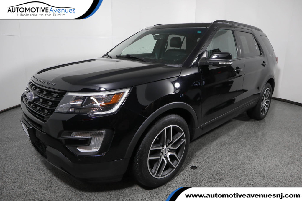 Pre-Owned 2016 Ford Explorer 4WD Sport w/ Equipment Group 401A and Twin Panel Moonroof