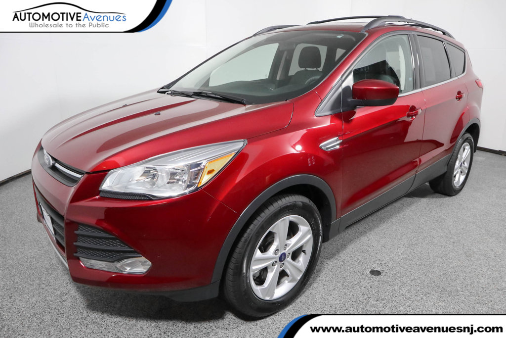 Pre-Owned 2016 Ford Escape 4WD 4dr SE with Equipment Group 201A & Navigation