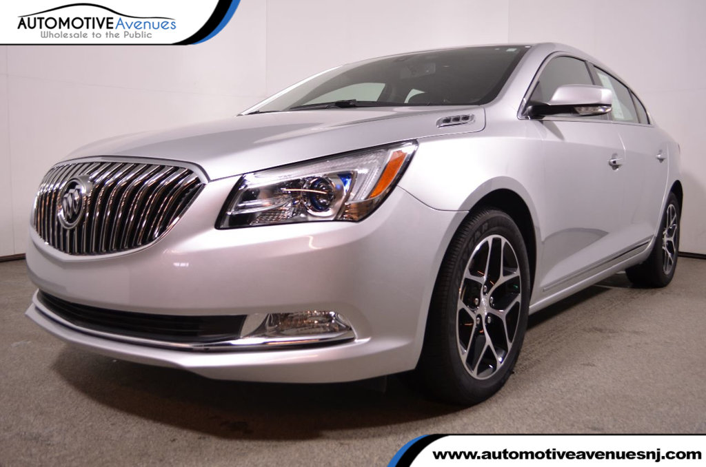 Pre Owned 2016 Buick LaCrosse 4dr Sedan Sport Touring FWD