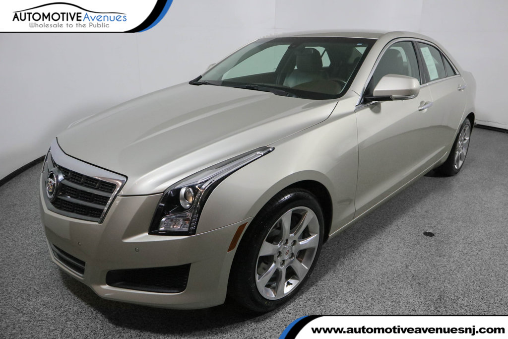 Pre-Owned 2014 Cadillac ATS 4dr Sedan 2.5L Luxury with Navigation