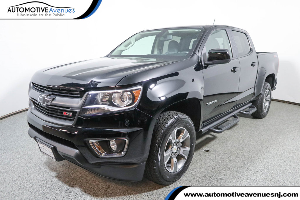 "Pre-Owned 2016 Chevrolet Colorado 4WD Crew Cab 128.3"" Z71 Chevrolet Mylink Radio With Navigation"