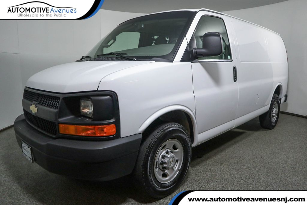 Pre-Owned 2017 Chevrolet Express Cargo Van RWD 2500 135