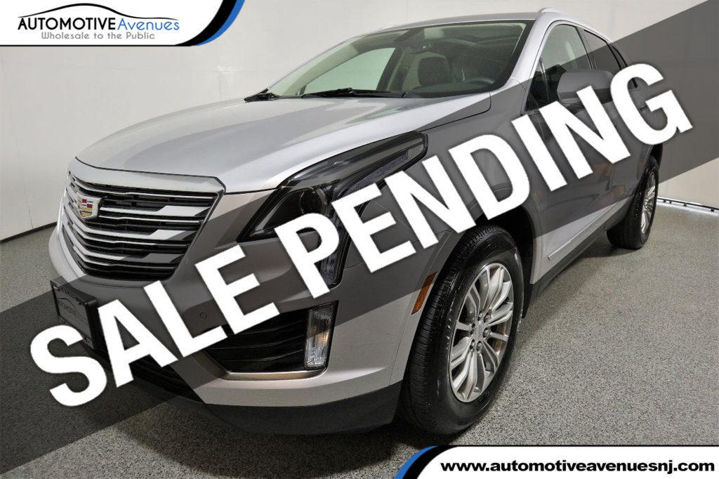 Pre Owned 2017 Cadillac Xt5 Awd 4dr Luxury