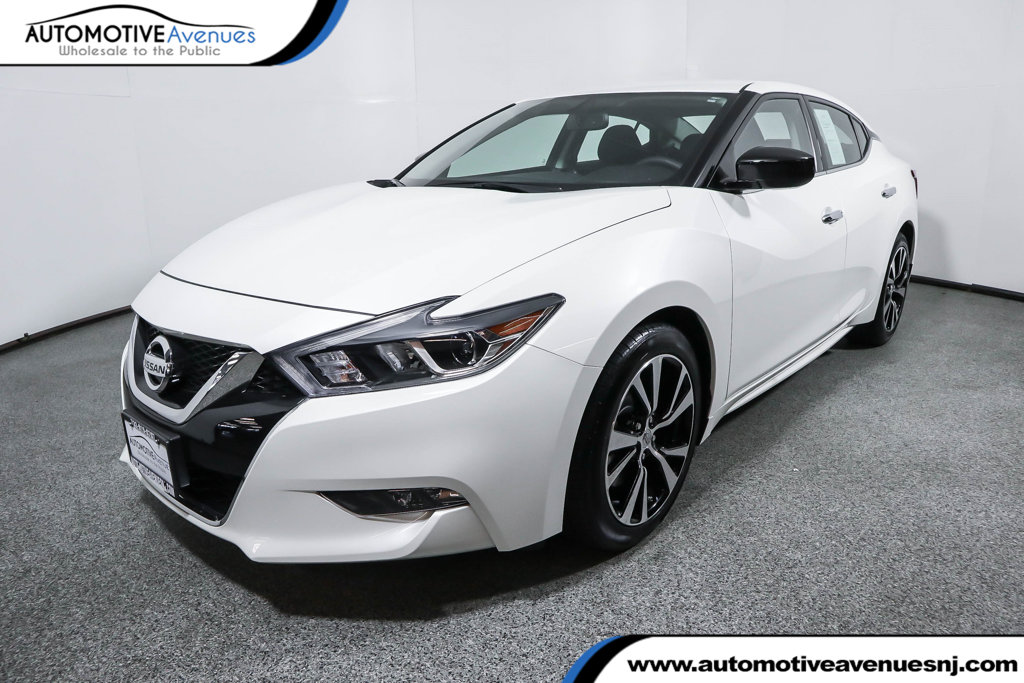 Pre-Owned 2018 Nissan Maxima S 3.5L