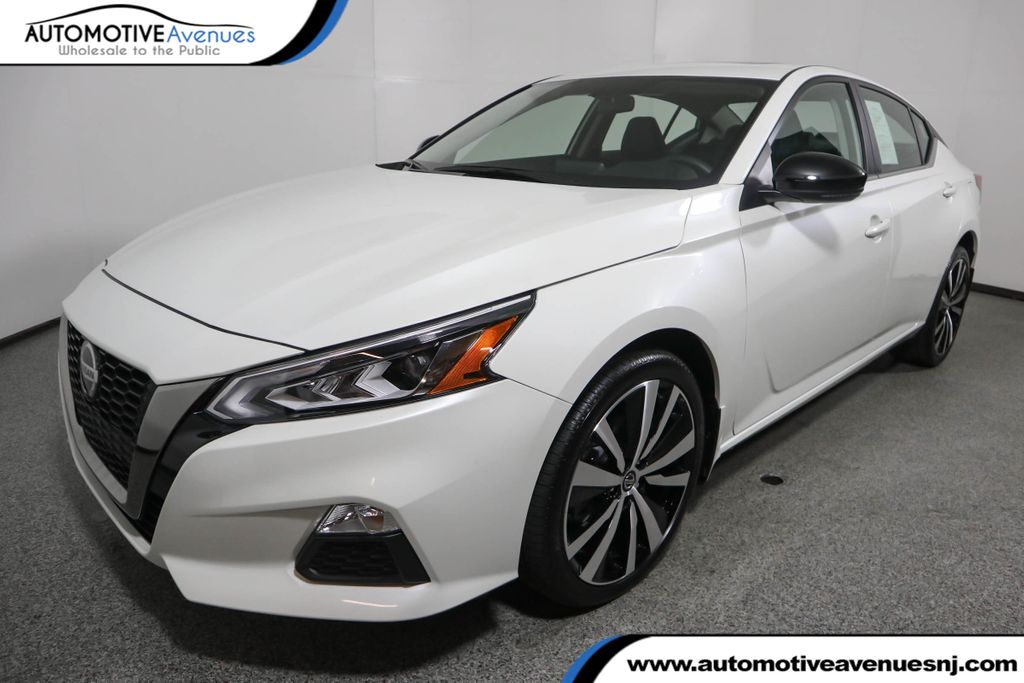 Pre-Owned 2019 Nissan Altima 2.5 SR AWD Sedan w/ Premium Package