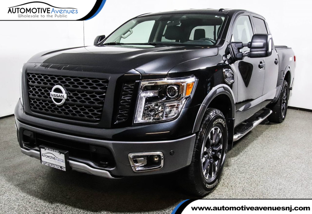 Great Pre Owned 2017 Nissan Titan 4x4 Crew Cab PRO 4X W/ PRO