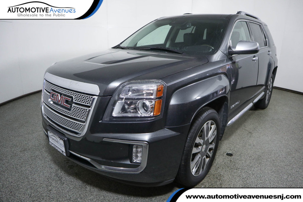 Pre-Owned 2017 GMC Terrain AWD 4dr Denali with Power Sunroof & Navigation
