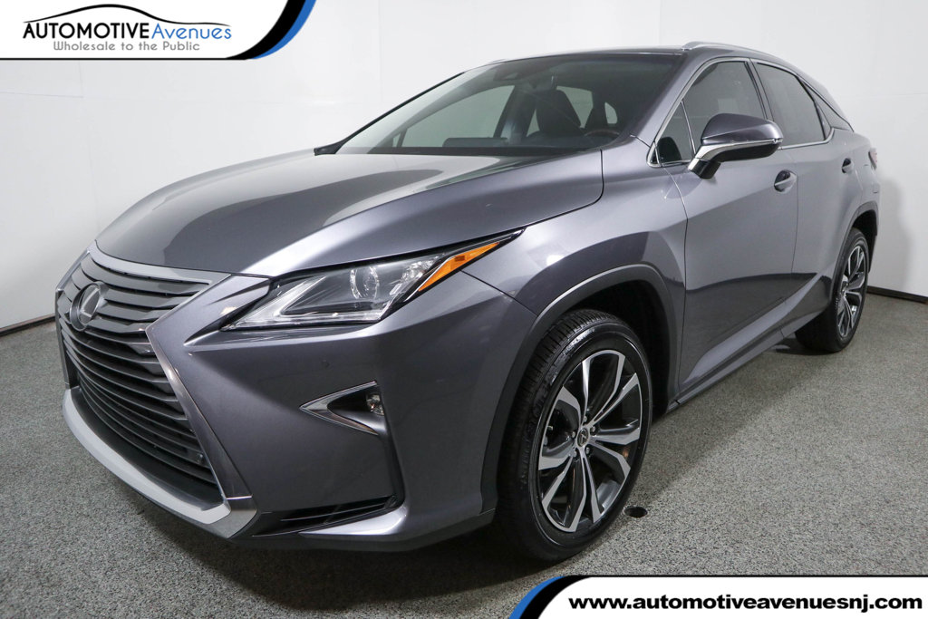 Pre-Owned 2019 Lexus RX RX 350 FWD with Premium Package, Power Sunroof & Navigation