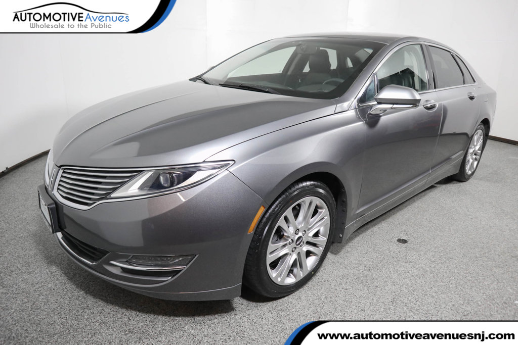 Pre-Owned 2014 Lincoln MKZ 4dr Sedan Reserve