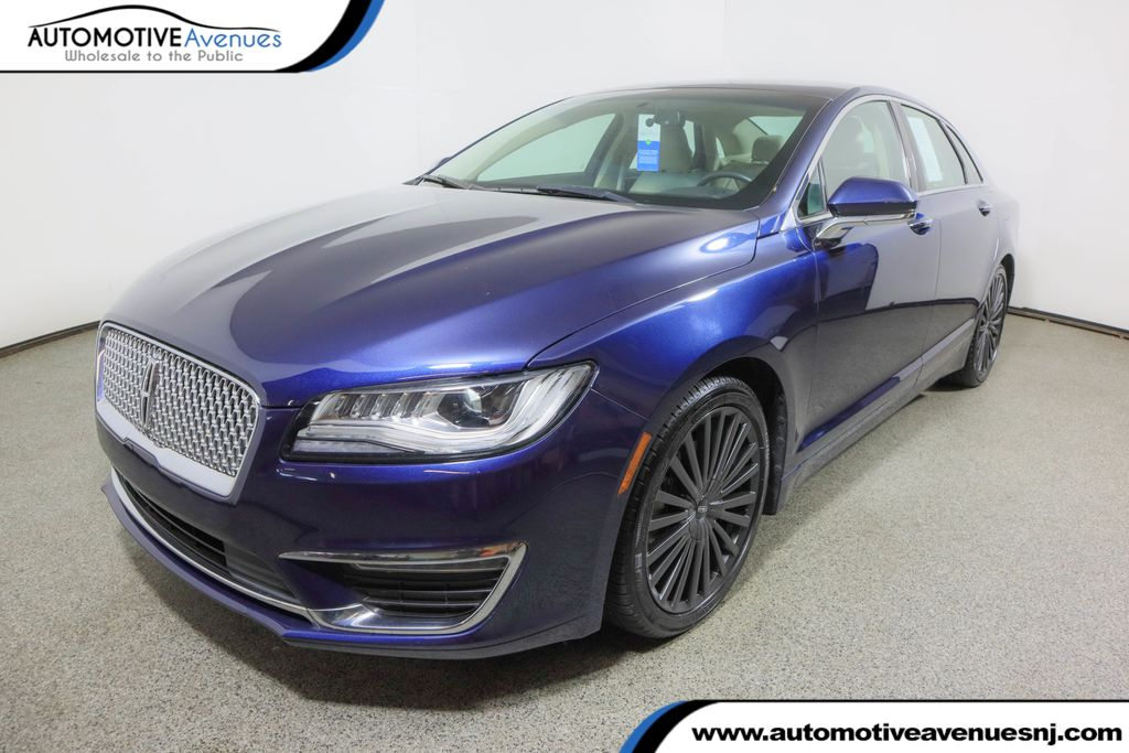 Pre-Owned 2017 Lincoln MKZ Hybrid Reserve FWD