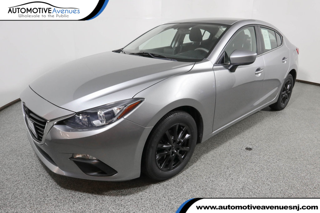 Pre-Owned 2016 Mazda3 4dr Sedan Automatic i Sport with Preferred Equipment Package