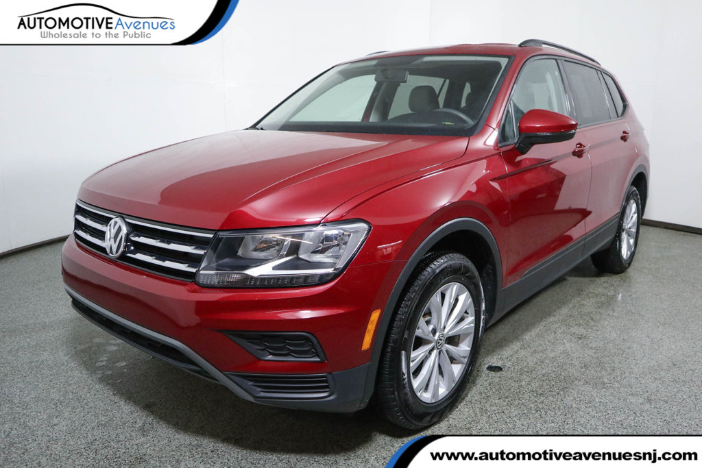 Pre-Owned 2018 Volkswagen Tiguan 2.0T S FWD with 3rd Row Seating