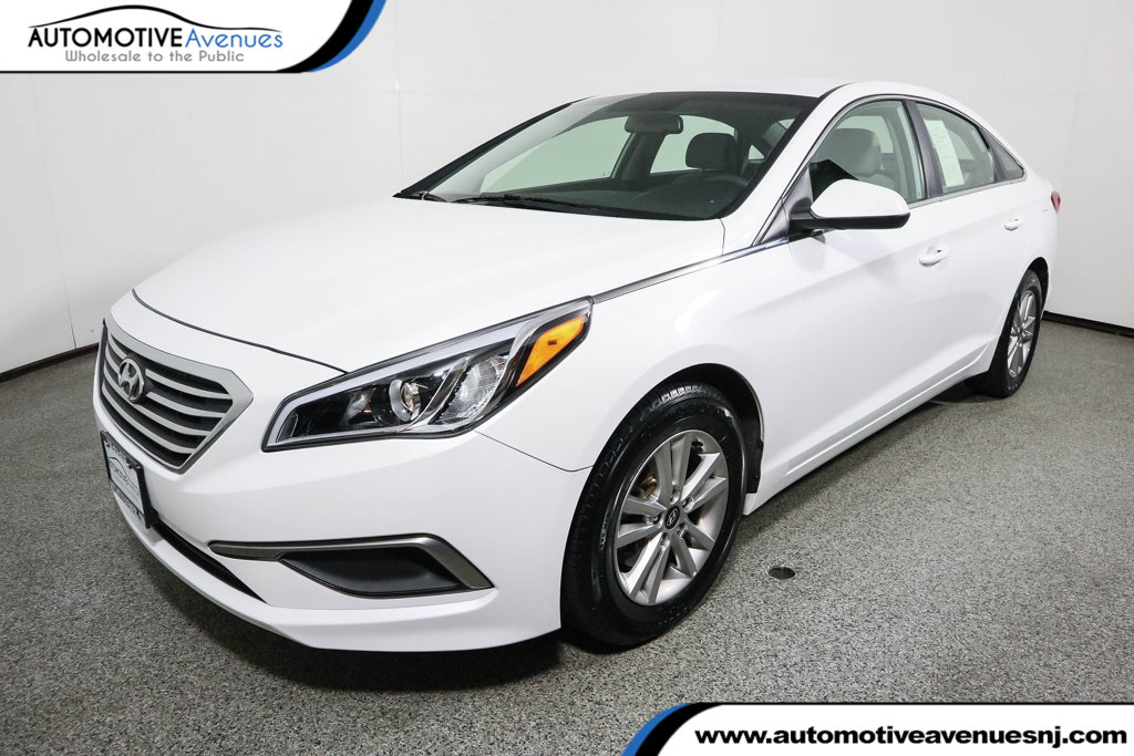 Pre-Owned 2016 Hyundai Sonata 4dr Sedan 2.4L SE PZEV