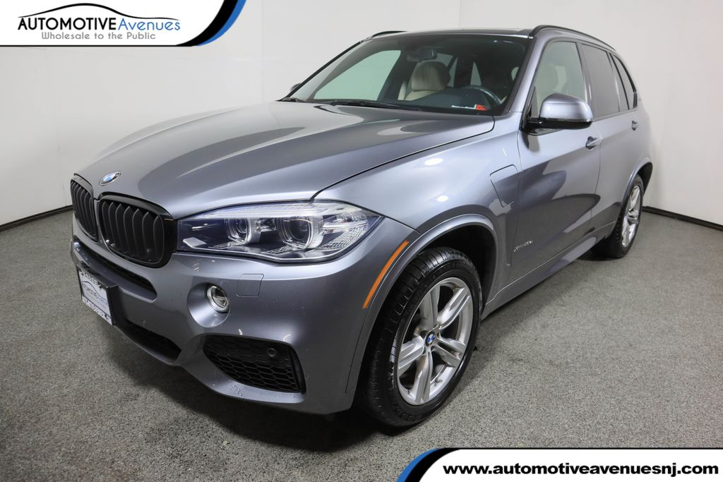 Pre-Owned 2017 BMW X5 xDrive40e iPerformance w/ M-Sport with Premium Package