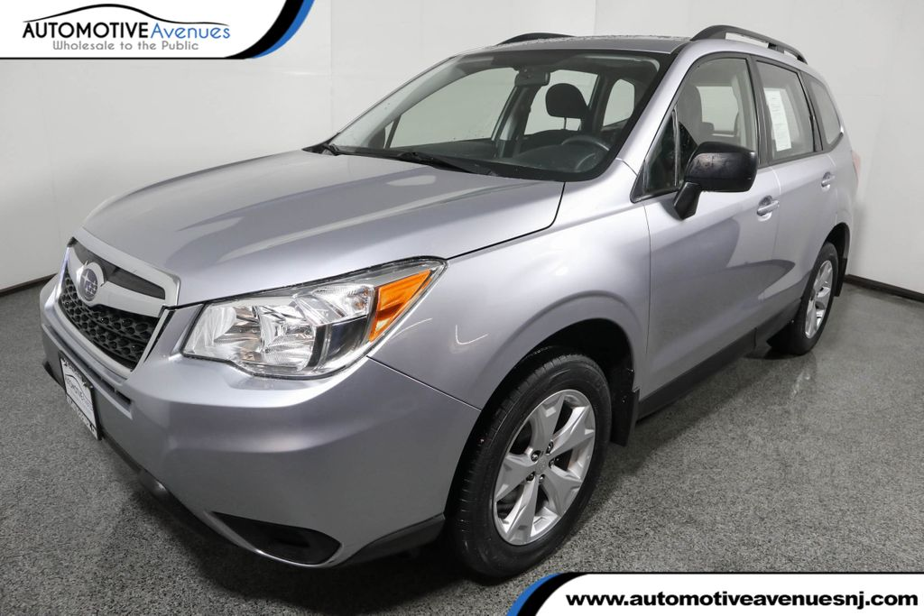 Pre-Owned 2016 Subaru Forester 4dr CVT 2.5i PZEV