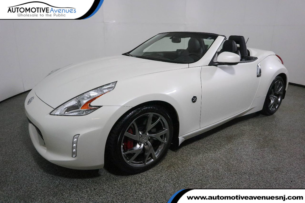 Pre-Owned 2017 Nissan 370Z Roadster Touring Sport Automatic