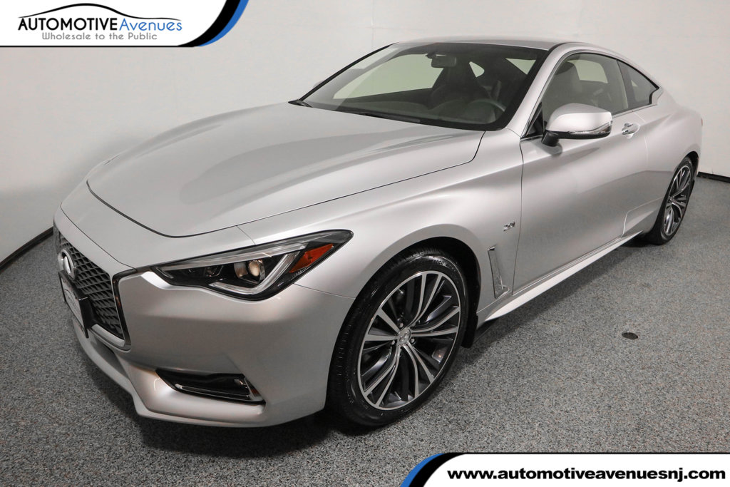 Pre-Owned 2017 INFINITI Q60 2.0t AWD with Moonroof Package