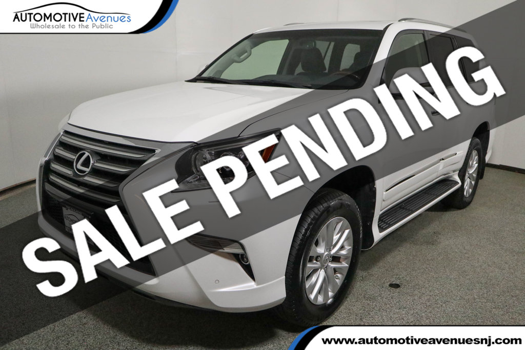 Pre-Owned 2016 Lexus GX 460 4WD 4dr with Premium Package