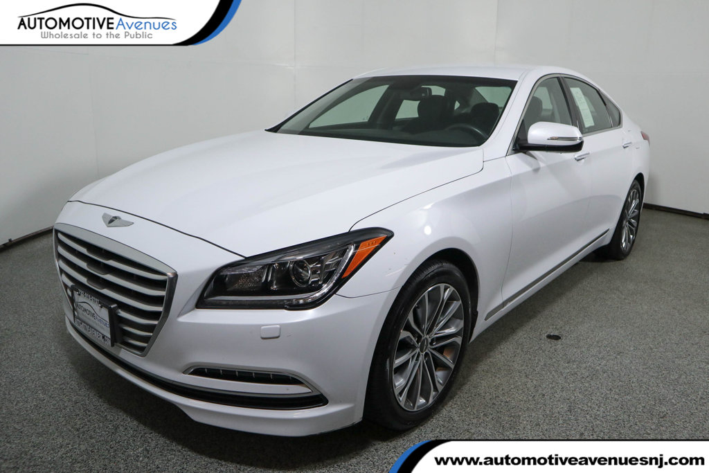 Pre-Owned 2016 Hyundai Genesis 4dr Sedan V6 3.8L AWD