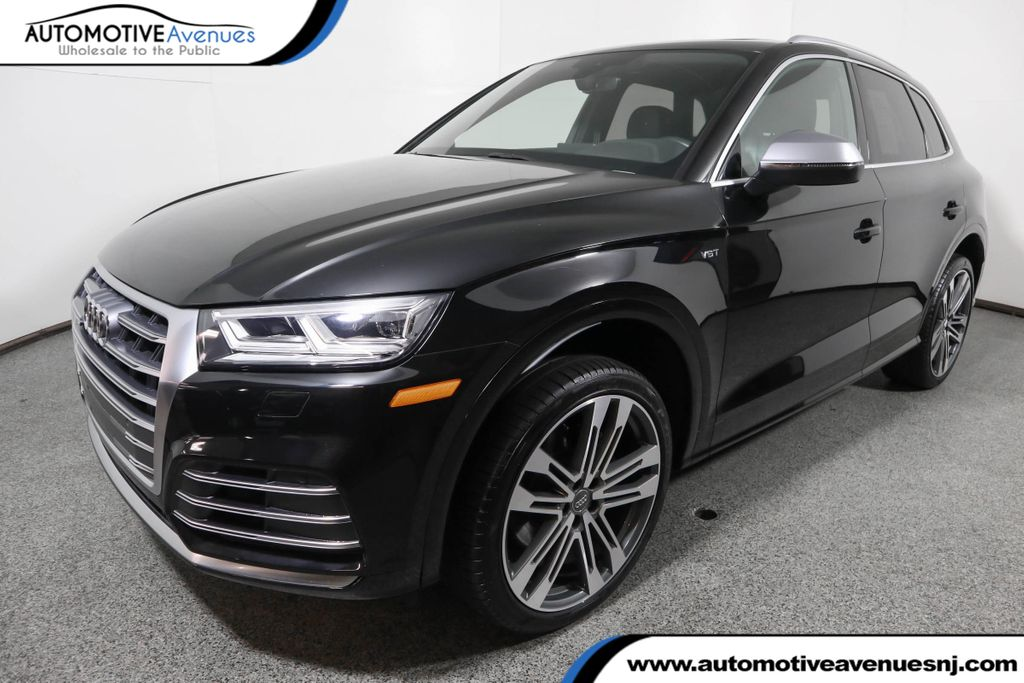 Pre-Owned 2018 Audi SQ5 3.0 TFSI Premium Plus w/ Navigation and 21