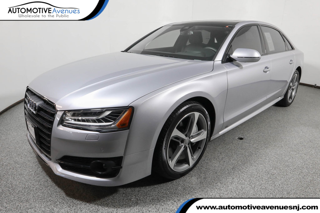 Pre-Owned 2018 Audi A8 L 3.0 TFSI with Executive & Black Optic Packages