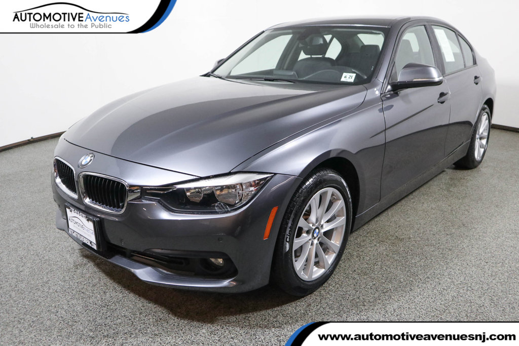 Pre-Owned 2016 BMW 3 Series 320i xDrive with Driving Assistance Package