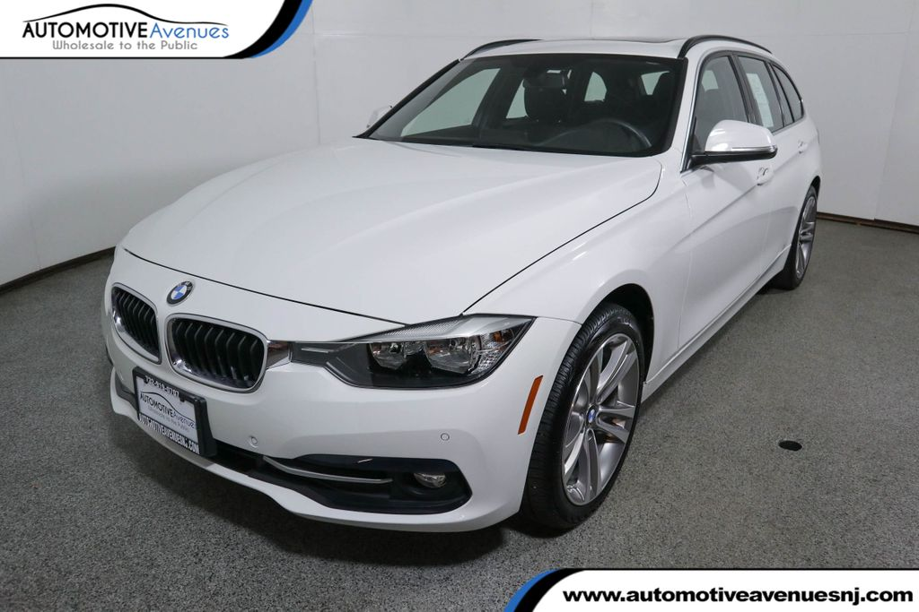 Pre-Owned 2017 BMW 3 Series 328d xDrive Sports w/ Navigation Package