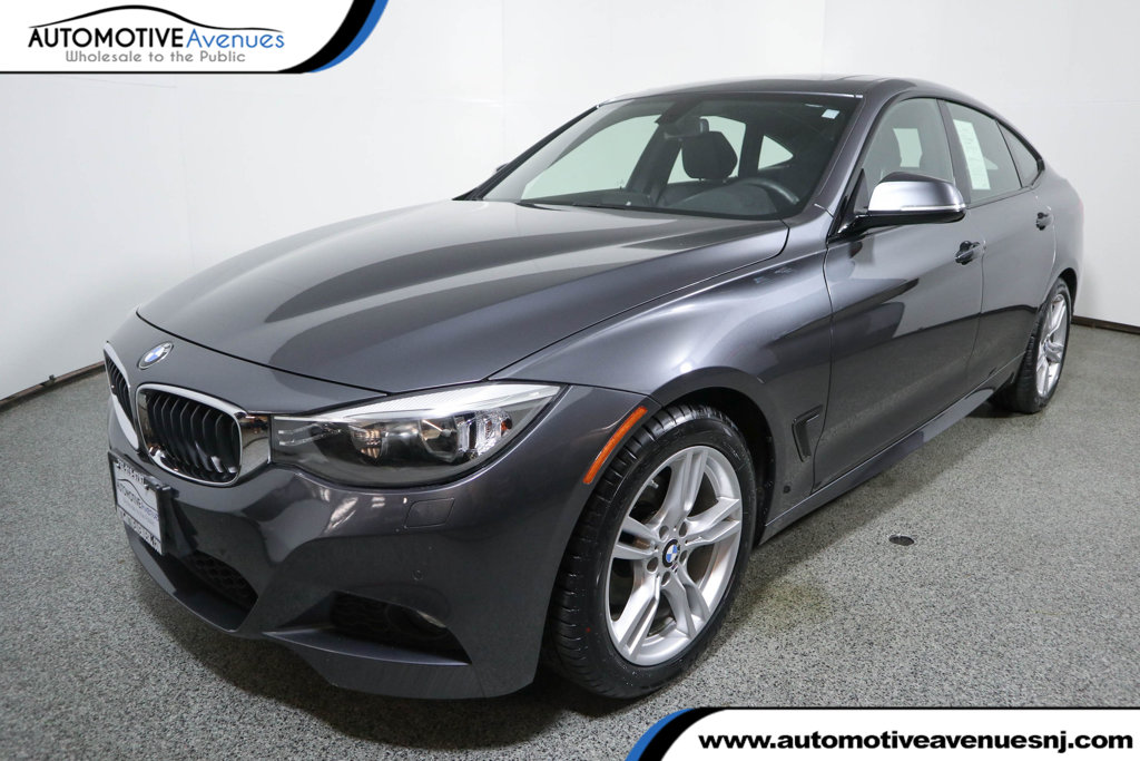Pre-Owned 2016 BMW 3 Series Gran Turismo 328i xDrive Gran Turismo w/ Navigation & M Sport Packages