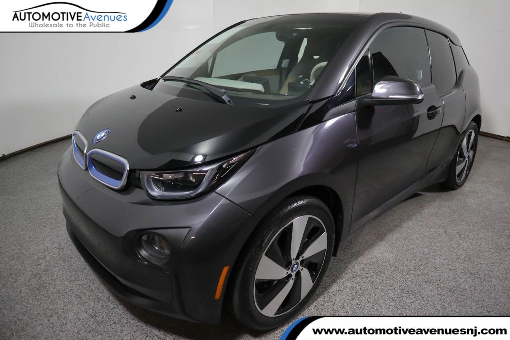 Pre-Owned 2014 BMW i3 Hatchback Giga World w/Range Extender and Heated Seats