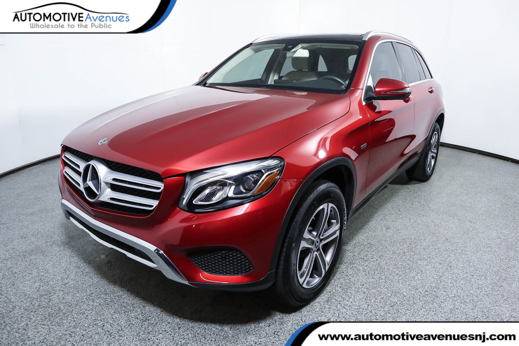 Pre-Owned 2019 Mercedes-Benz GLC GLC 350e 4MATIC® SUV with Premium Package & Panorama Roof