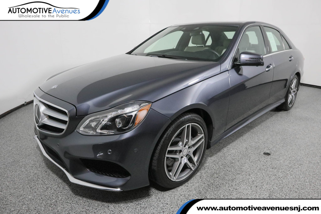 Pre-Owned 2016 Mercedes-Benz E-Class 4dr Sedan E 400 4MATIC® with Lighting and Driver Assistance Pkgs