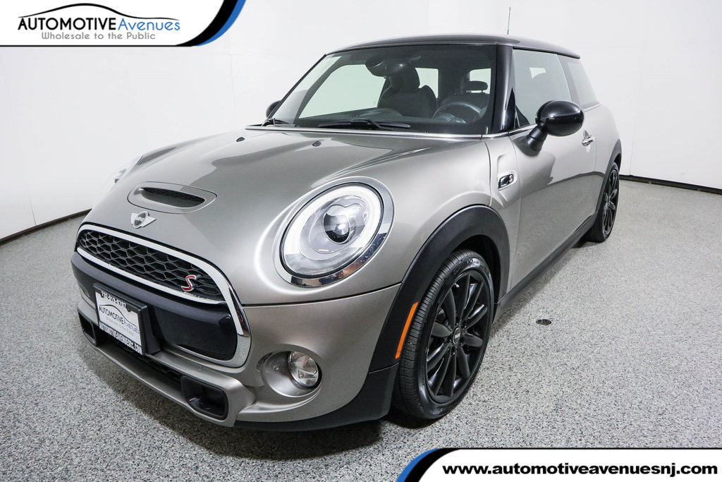 Pre Owned 2017 Mini Cooper S Hardtop 2 Door Fully Loaded Package