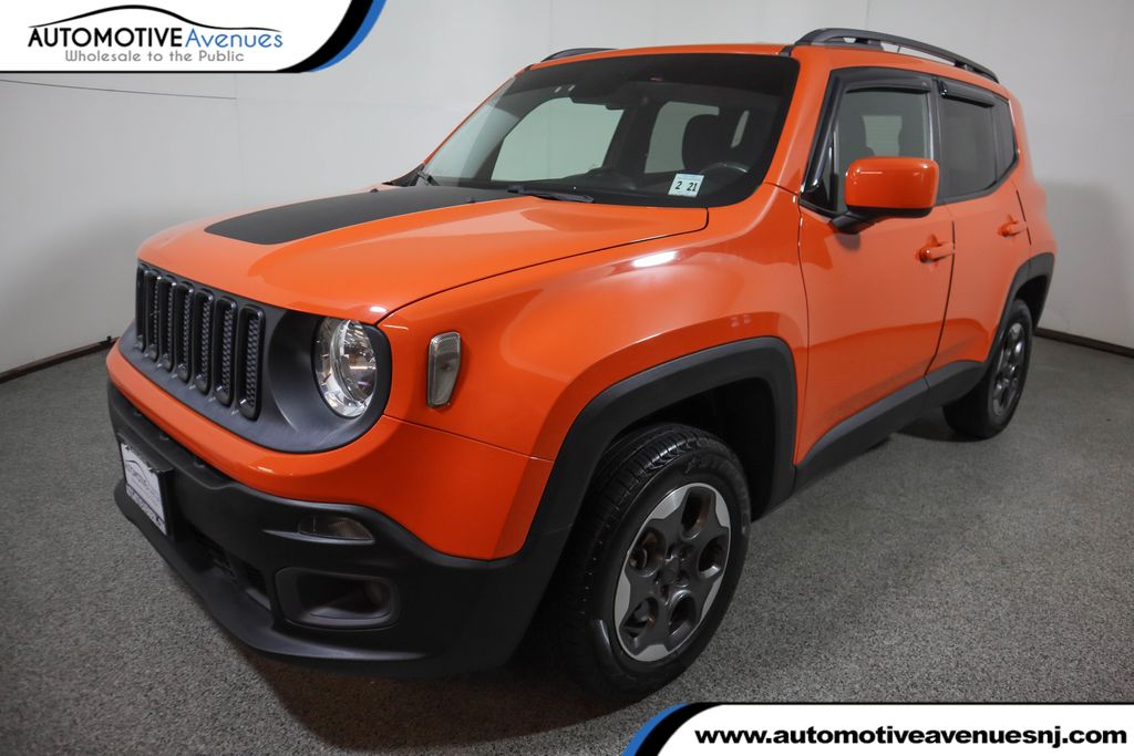 Pre-Owned 2015 Jeep Renegade 4WD 4dr Latitude w/ Navigation