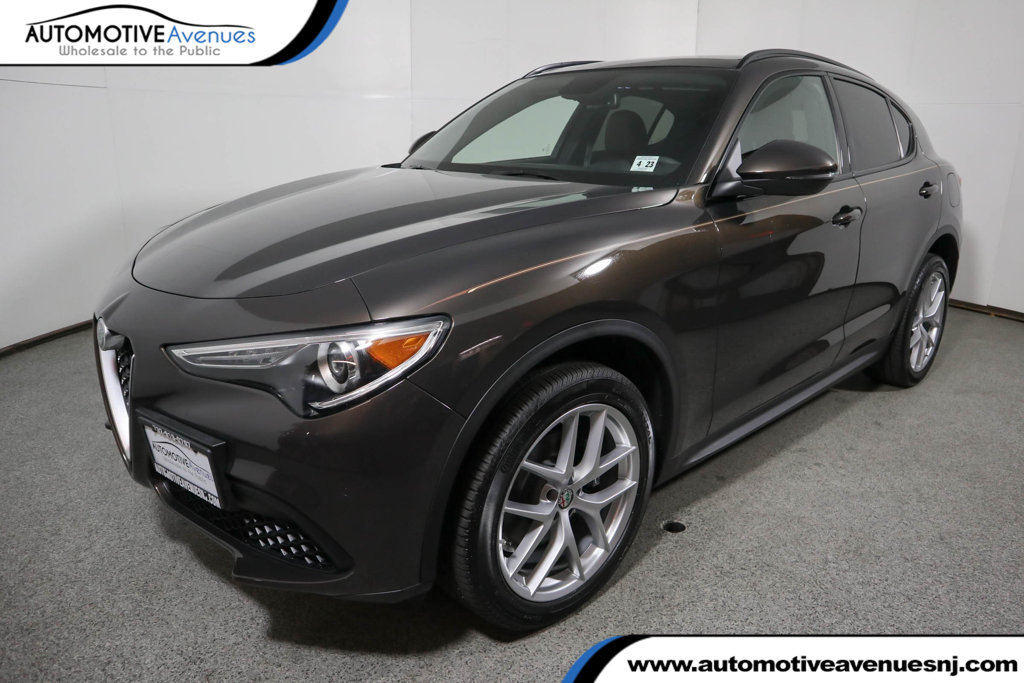Pre-Owned 2018 Alfa Romeo Stelvio Ti Sport AWD with Dual Pane Sunroof