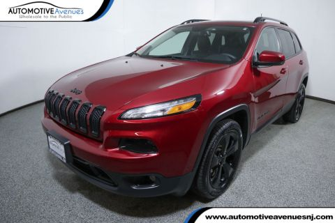 Pre-Owned 2016 Jeep Cherokee FWD 4dr High Altitude w/ Panoramic Sunroof & Luxury Group