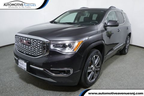 Pre-Owned 2017 GMC Acadia AWD 4dr Denali w/ Technology Pkg and Dual Panel Sunroof
