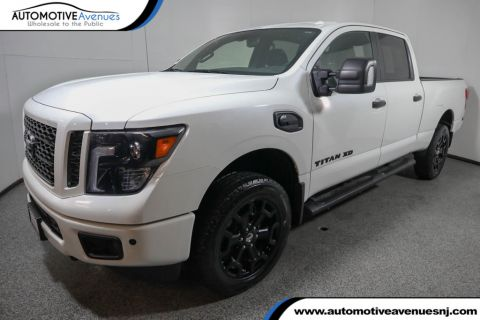 Pre-Owned 2018 Nissan Titan XD 4x4 Diesel Crew Cab SV Midnight Edition w/ Convenience Pkg