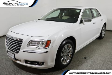 Pre-Owned 2011 Chrysler 300 4dr Sedan Limited Dual Pane Panoramic Sunroof