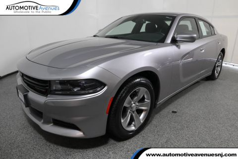 Pre-Owned 2016 Dodge Charger SXT with Navigation & Power Sunroof