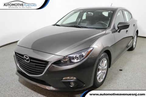 Pre-Owned 2016 Mazda3 5dr Hatchback Automatic i Touring