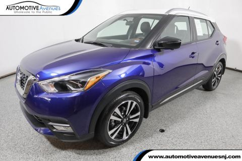 Pre-Owned 2018 Nissan Kicks SR FWD with Premium Package