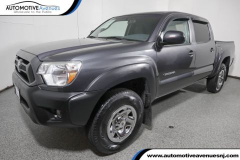 Pre-Owned 2013 Toyota Tacoma 4WD Double Cab V6 Automatic